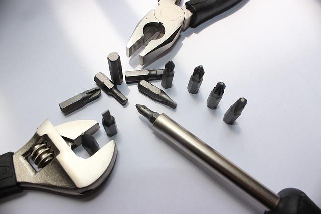 nástroje