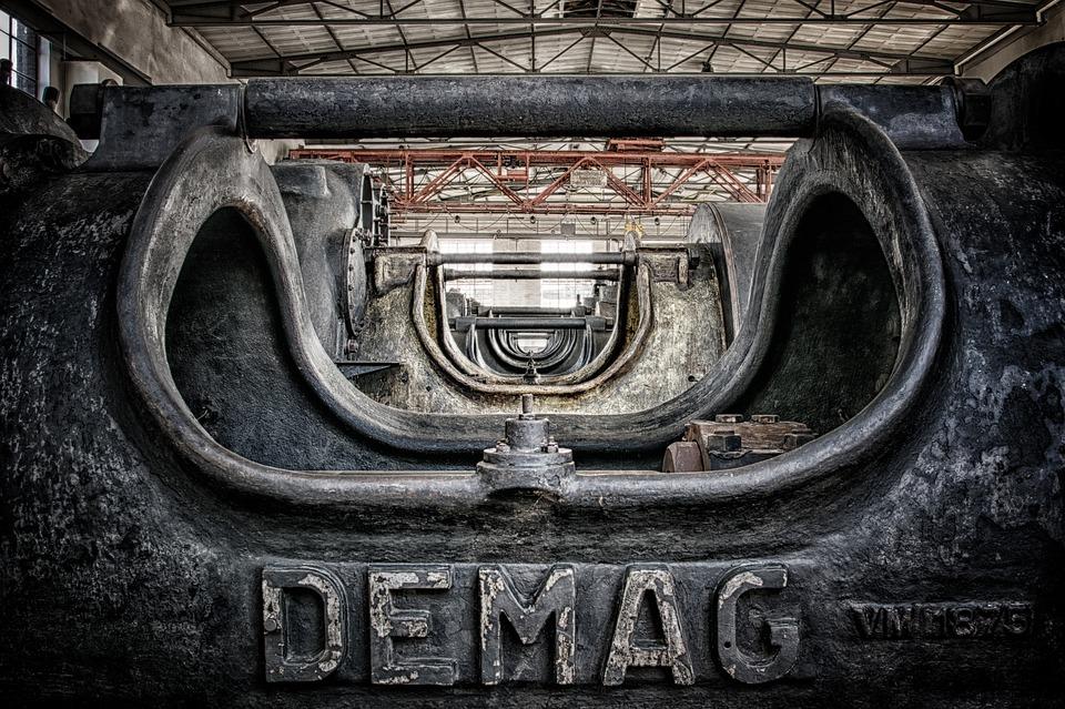 kompresor v továrně